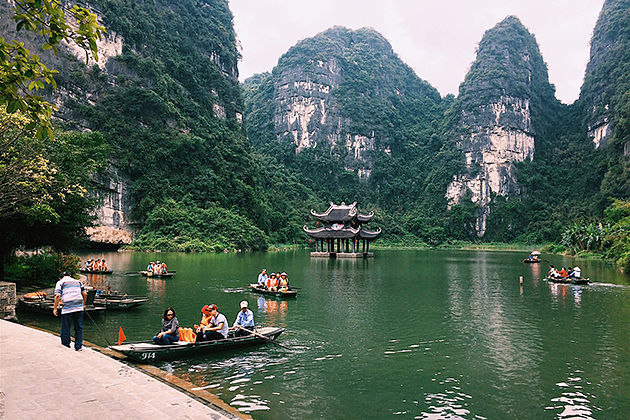 Visit Attraction in Ninh Binh