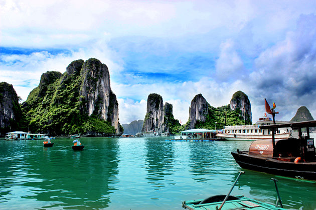 Ba Hang Fishing Village in Halong