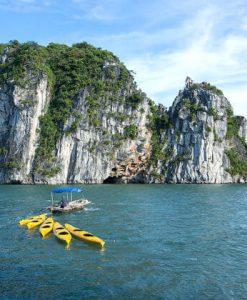 Bai Tu Long Island Halong Bay