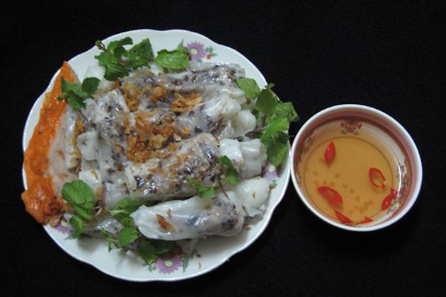 Banh Cuon - Vietnamese breakfast
