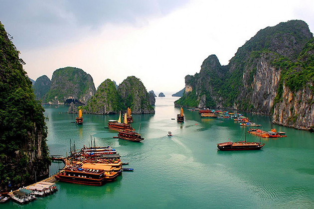 Best time to visit Halong Bay Vietnam