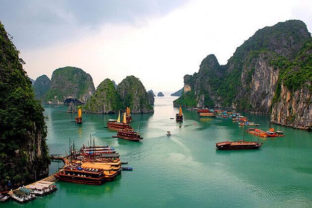 Best Time Visit Halong Bay Vietnam