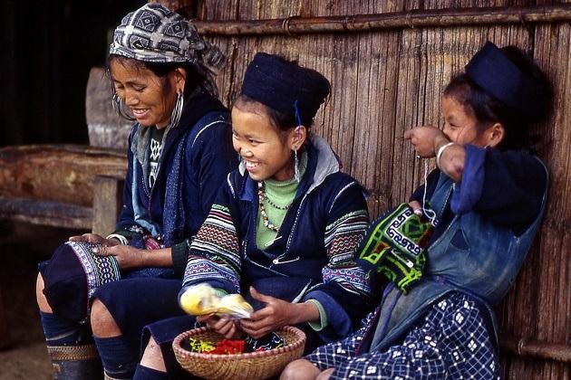 Black Hmong in Sapa Tour