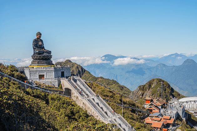 Buddha Statue in Sapa