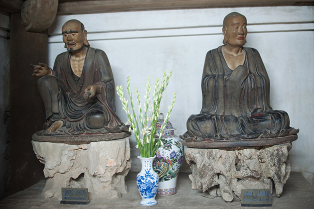 Buddha images in Tay Phuong Pagoda