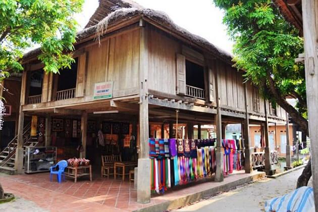 Lac Village in Sapa Tour