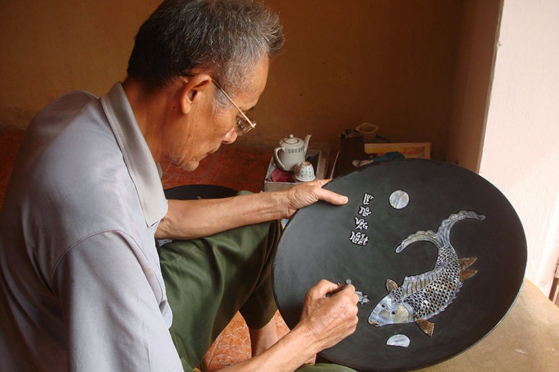 Chuyen My Village - The Pearl Inlaying Craft Village