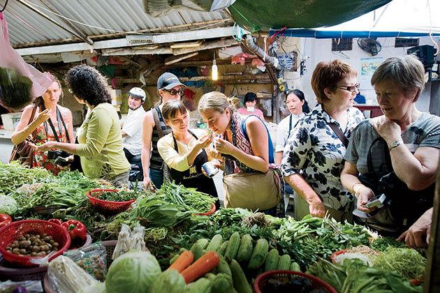 Experience Hanoi Local Market