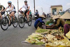 Hanoi Cycling in Long Bien Bridge