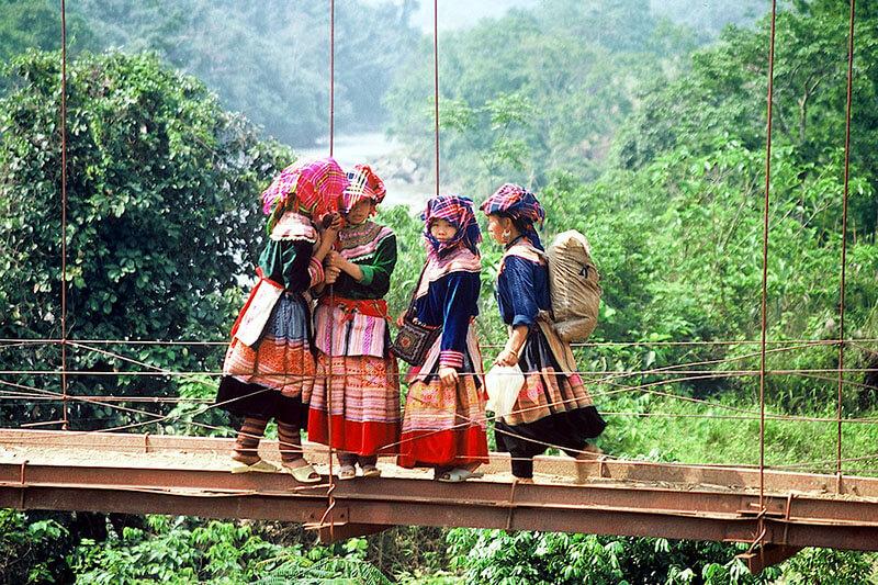 Hanoi Sapa Halong Bay Tour