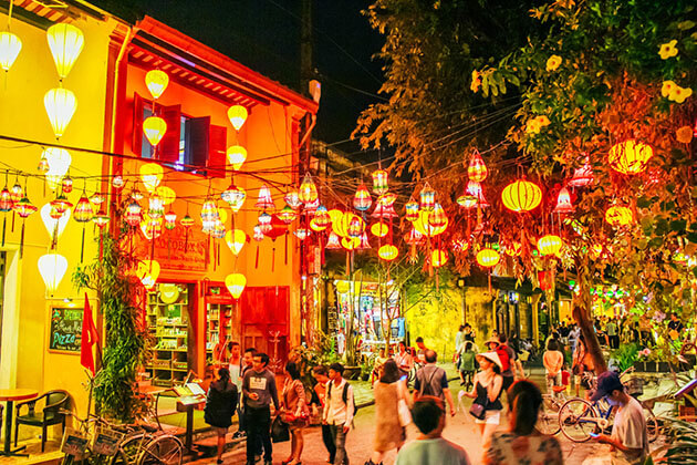 Hoi An Ancient Town tours in hanoi vietnam