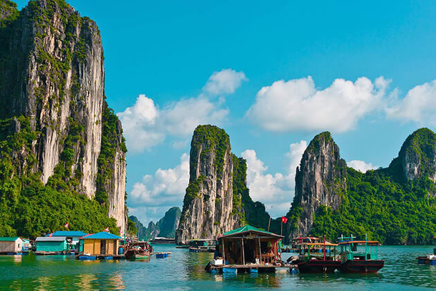 Majestic Halong Bay Tour from Hanoi