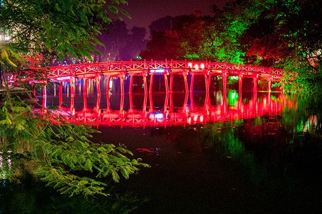 Ngoc Son Hoan Kiem Lake at Night