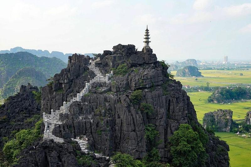 Mua Cave Ninh Binh Traveling
