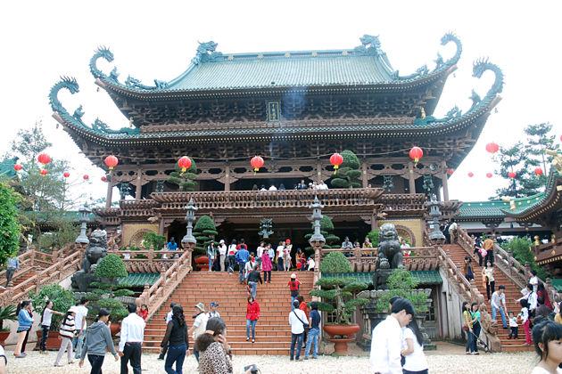 Chua Huong Perfume Pagoda