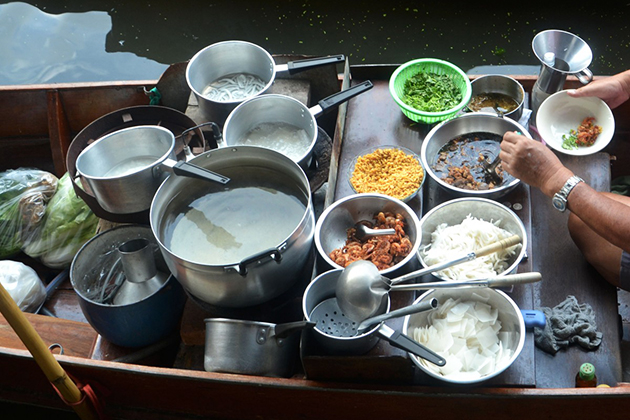 Prepare for Vietnamese breakfast on the Boat