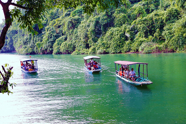 Stunning Boat Trip in Ba Ba Lake day trip from hanoi