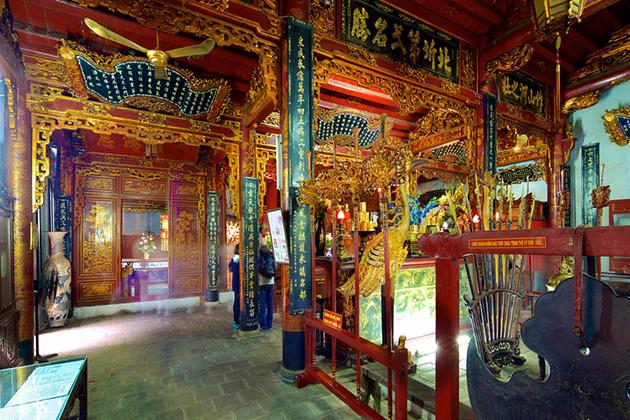 The Unique Architecture of Quan Thanh Temple