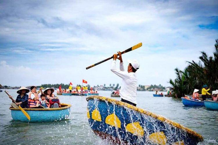 Hoi An Basket Boat Vietnam tour