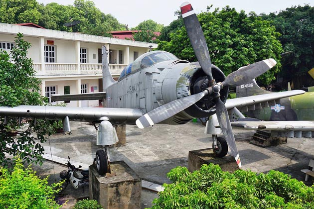 Vietnam Military History Museum hanoi local tour