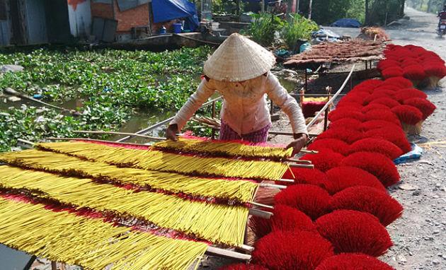 Xa Kieu Traditional Incense Village