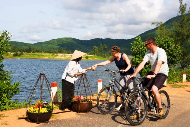 enjoy Hanoi day tours with bike