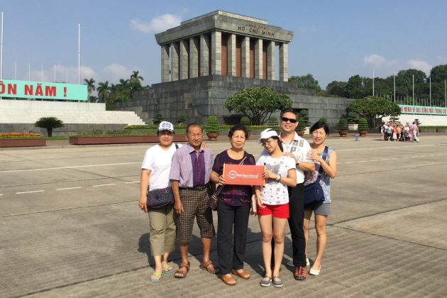 reviews of Liuba Beauvais and her family about hanoi tours
